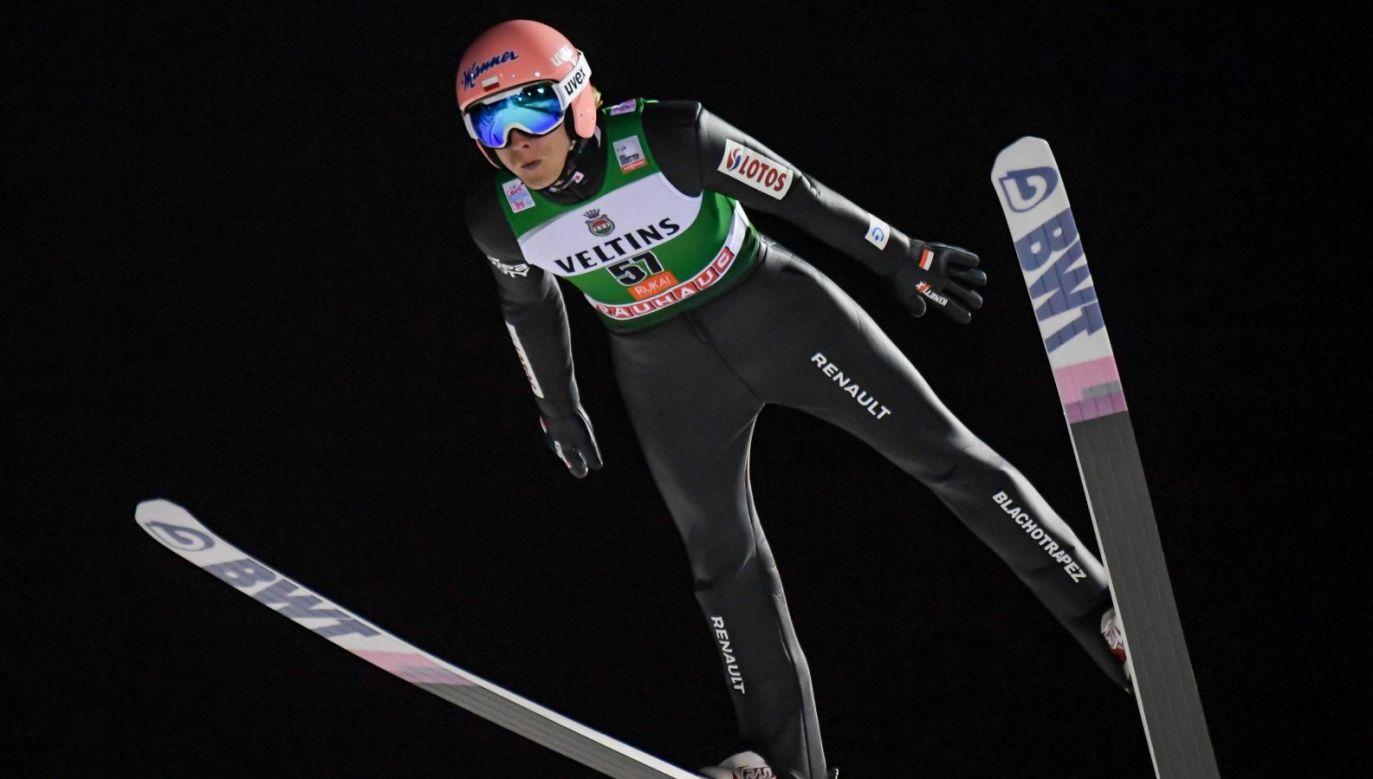 Dawid Kubacki na skoczni w Ruce (fot. PAP/EPA)