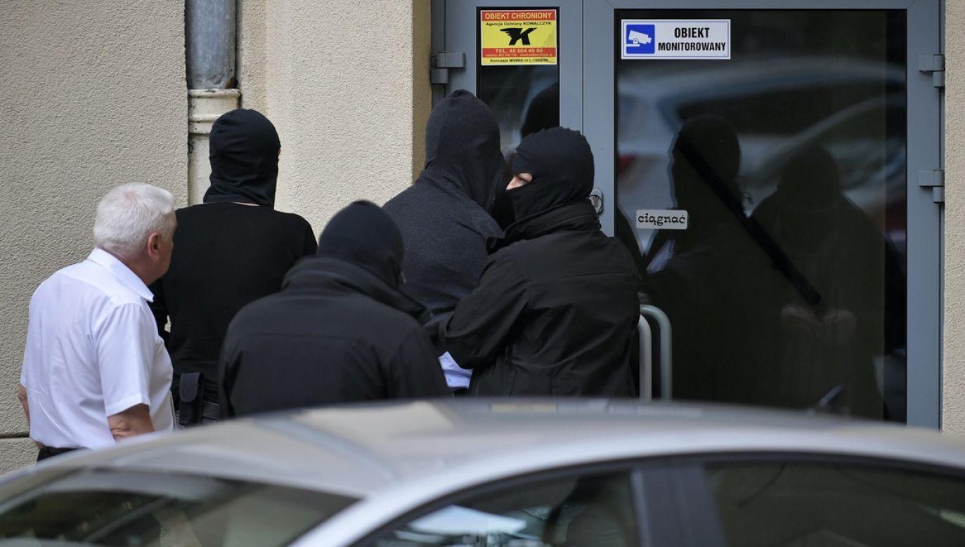 W 2001 roku Aleksander D. był podejrzany o wyprowadzenie z PZU kilku milionów złotych (fot. arch.PAP/Marcin Obara)