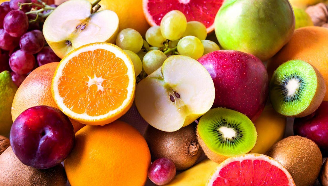 Działanie owoców na organizm (fot. Shutterstock/Maria Uspenskaya)