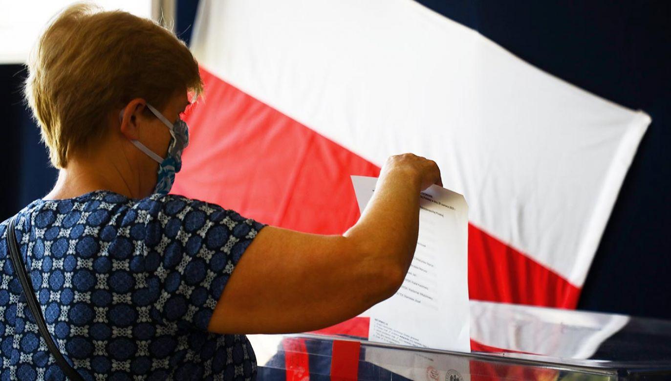 Do spisu wyborców drogą elektroniczną dopisało się 123 tys. 591 osób (fot. Beata Zawrzel/NurPhoto via Getty Images)