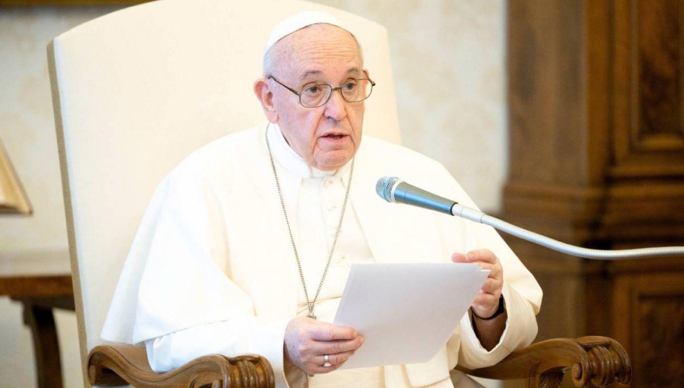 Papież Franciszek pozdrowił uczestników tegorocznego Spotkania Młodych Lednica 2000 (fot. PAP/EPA/VATICAN MEDIA)
