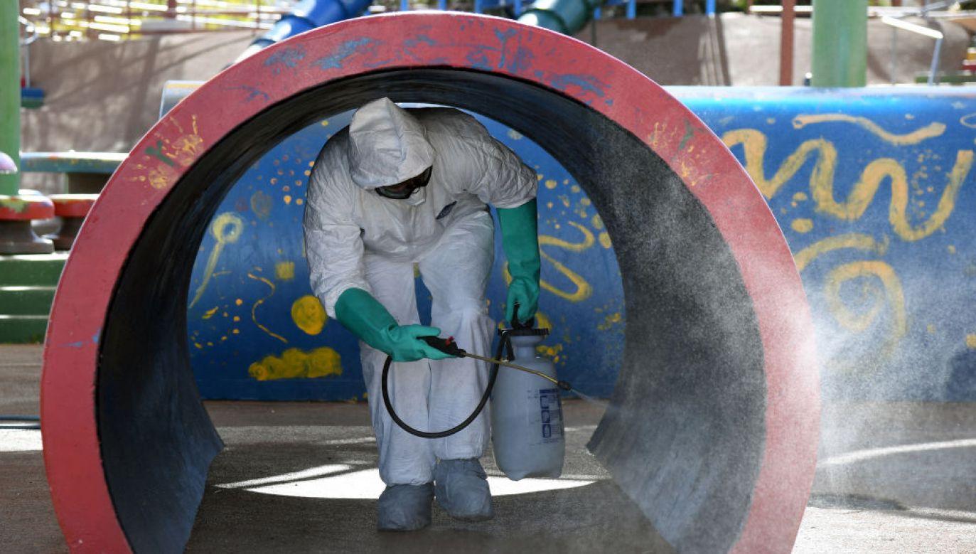 Liczba ofiar śmiertelnych koronawirusa to już blisko 31 tys. osób na całym świecie (fot. Ethan Miller/Getty Images)