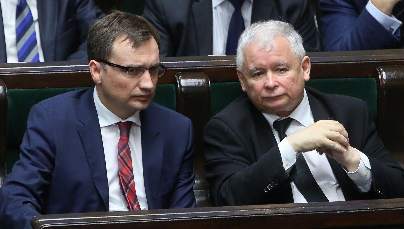 Zbigniew Ziobro i Jarosław Kaczyński (fot. PAP/Rafał Guz)