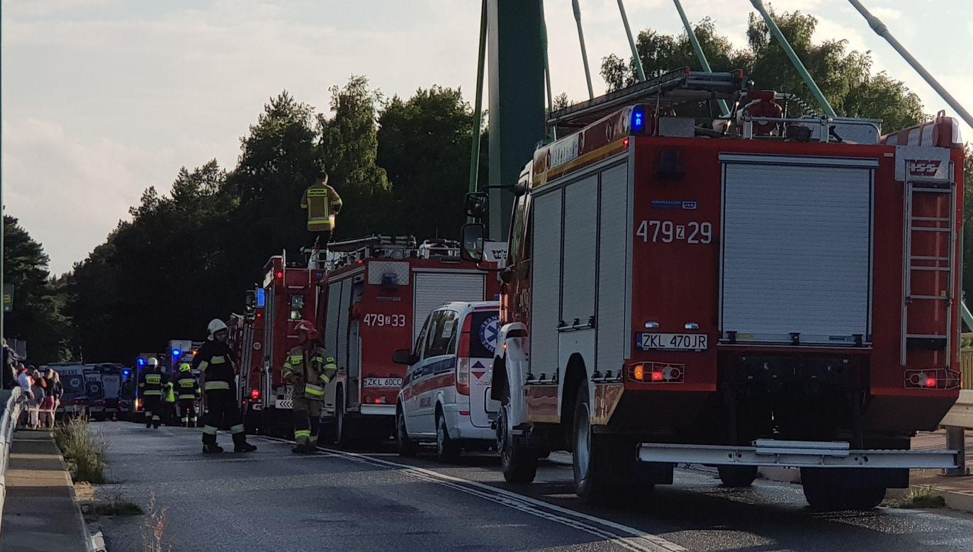 Kilkanaście osób zostało rannych po zderzeniu dwóch autobusów w Dźwirzynie k. Kołobrzegu (fot. Twoje Info)