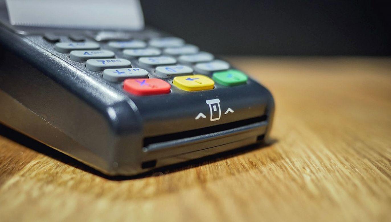 Dyrektywa PSD2 ma zwiększyć bezpieczeństwo konsumentów (fot. Pixabay/Tomekwalecki)