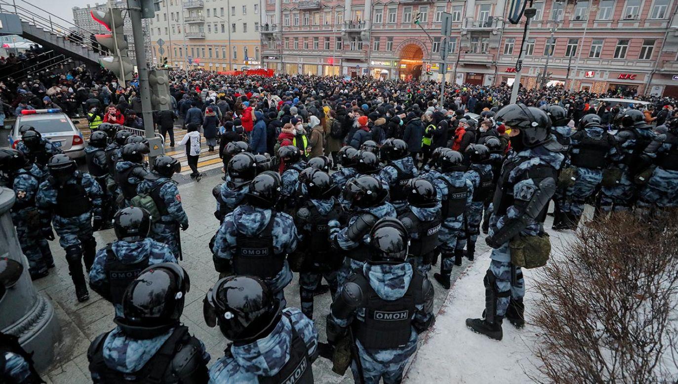 Opozycja zapowiada dalsze akcje protestacyjne (fot. PAP/EPA/MAXIM SHIPENKOV)