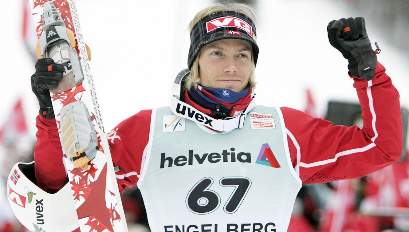 Einar Romoeren nie poddaje się i tym razem (fot. REUTERS/Michael Buholzer)