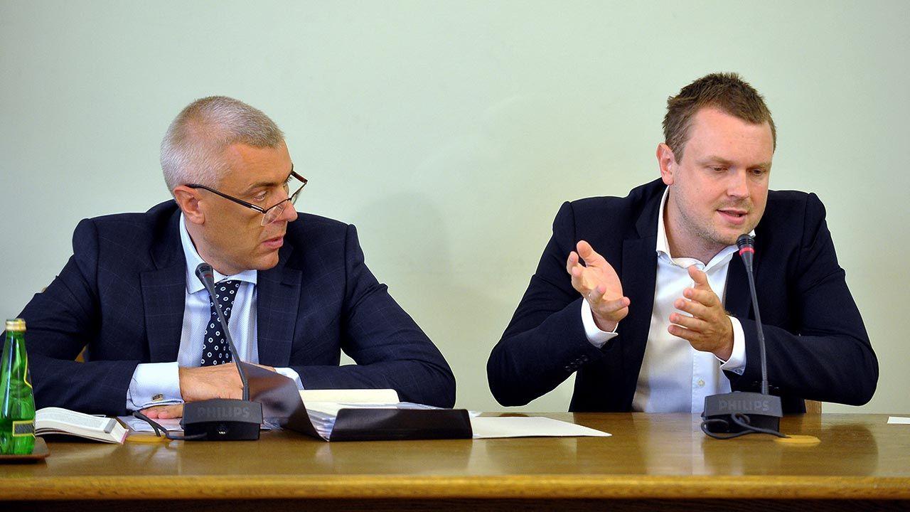 """W środowy wieczór TVP pokazała film dokumentalny Sylwestra Latkowskiego """"Taśmy Amber Gold. (fot. PAP/Marcin Obara)"""
