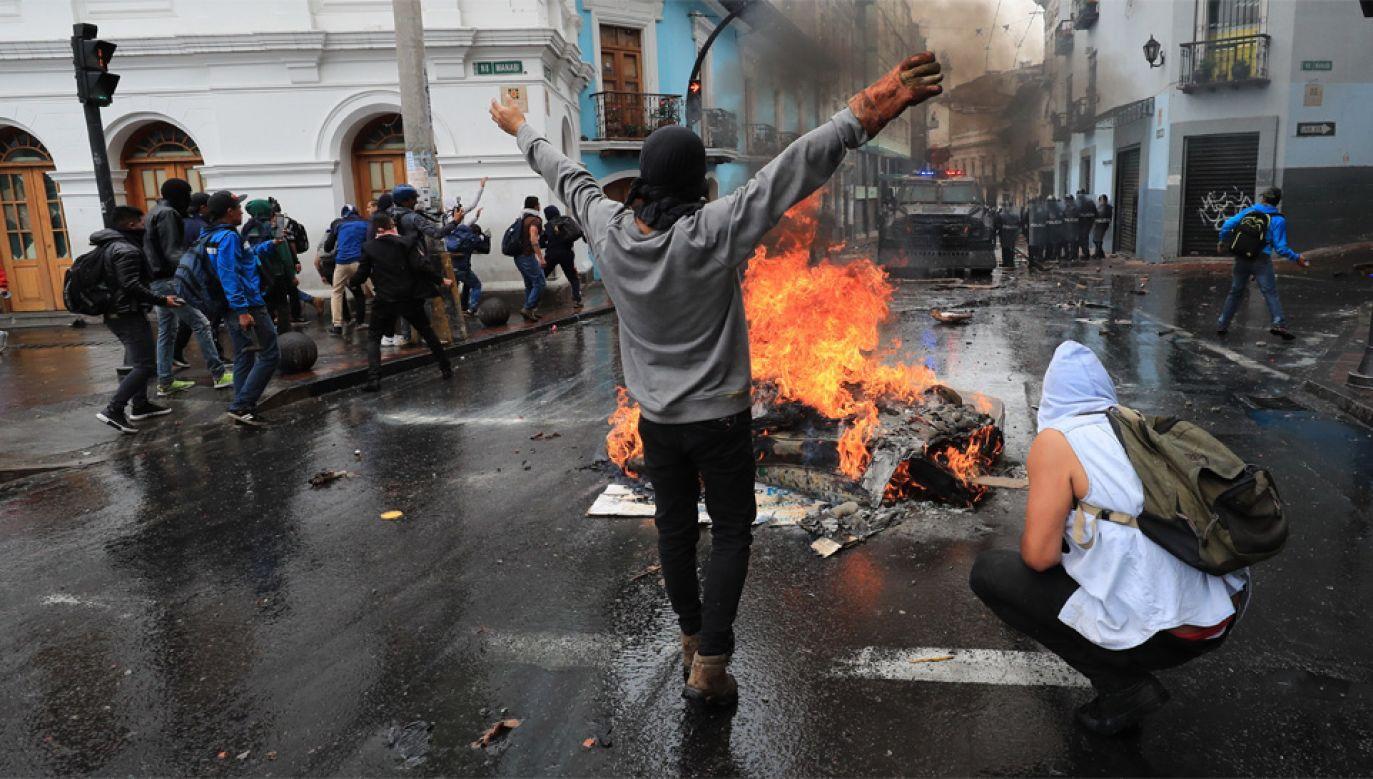 Choć Ekwador ma potężne złoża ropy naftowej, kraj zmaga się z permanentnym kryzysem (fot. PAP/EPA/Jose Jacome)