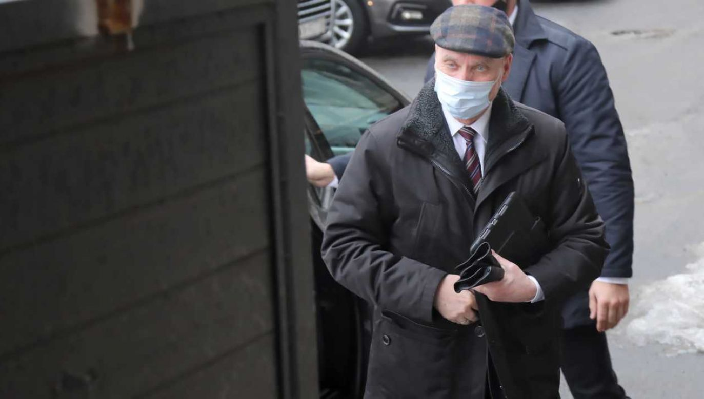 Przewodniczący podkomisji Antoni Macierewicz poczuł się urażony artykułem (fot. PAP/Wojciech Olkuśnik)