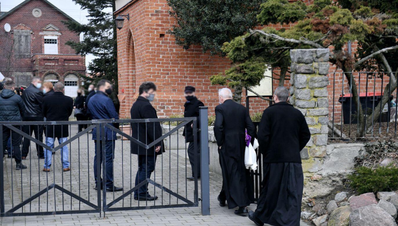 Pogrzeb poprzedziła Msza Św. kościele pw. Chrystusa Króla w Szczecinie (fot. PAP/Marcin Bielecki)