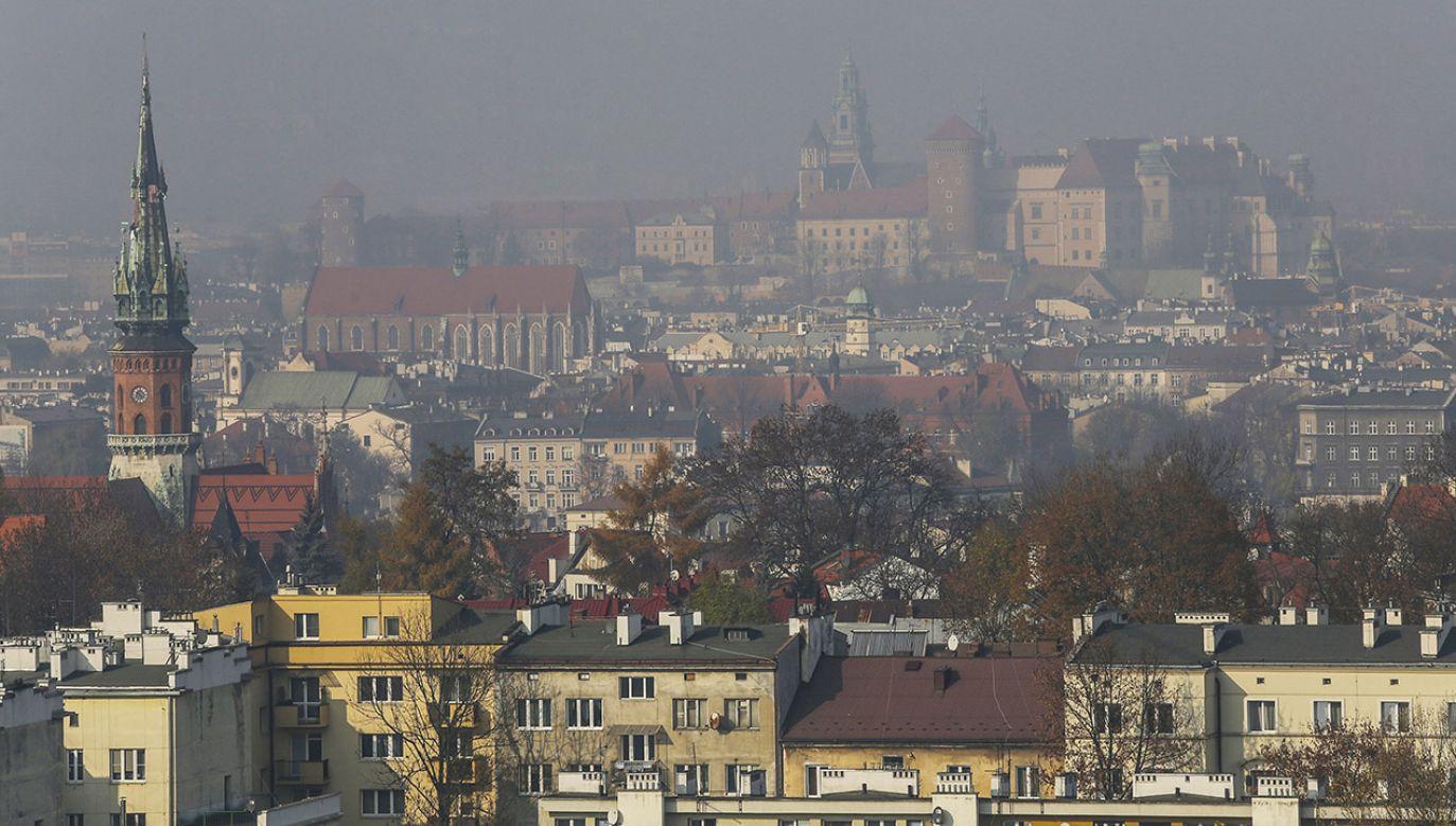 Zabierzów i Wilkowice to gminy wiejskie – z przeważającą zabudową jednorodzinną – usytuowane na terenach o największym zanieczyszczeniu powietrza w Polsce (fot. Shutterstock/BeeZeePhoto)