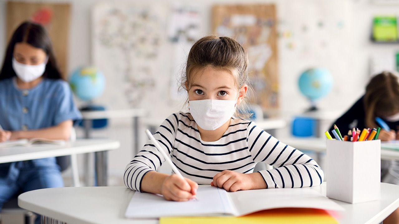Celem infolinii jest profilaktyka problemów dzieci i młodzieży (fot. Shutterstock)