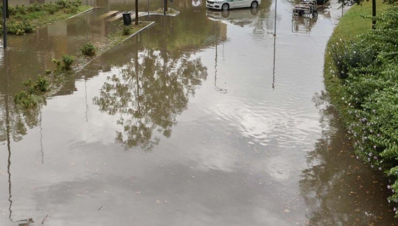 Na szczeście woda spływała zbyt wolno, aby doszło do powodzi (fot. zdjęcie ilustracyjne)