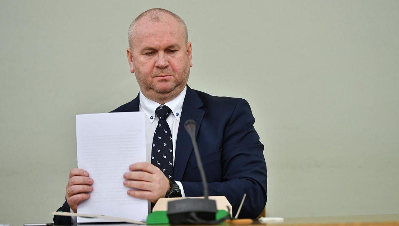 Paweł Wojtunik jest oskarżony o wyłudzenie podatku (fot. PAP/Bartłomiej Zborowski)
