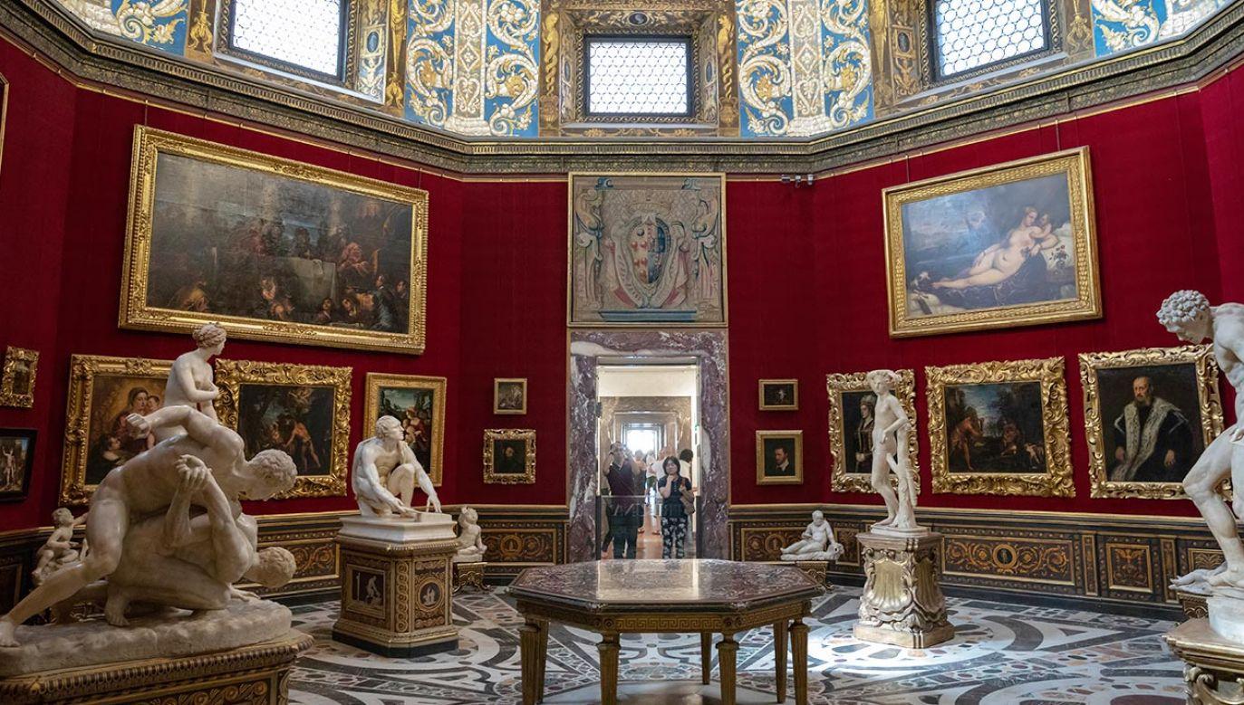 Galeria Uffizi była zamknięta w najnowszych dziejach tylko cztery razy: podczas II wojny światowej, w czasie wielkiej powodzi we Florencji w 1966 roku, po mafijnym zamachu w 1993 roku i obecnie, z powodu pandemii koronawirusa(fot.  Shutterstock/Evgenii Iaroshevskii)