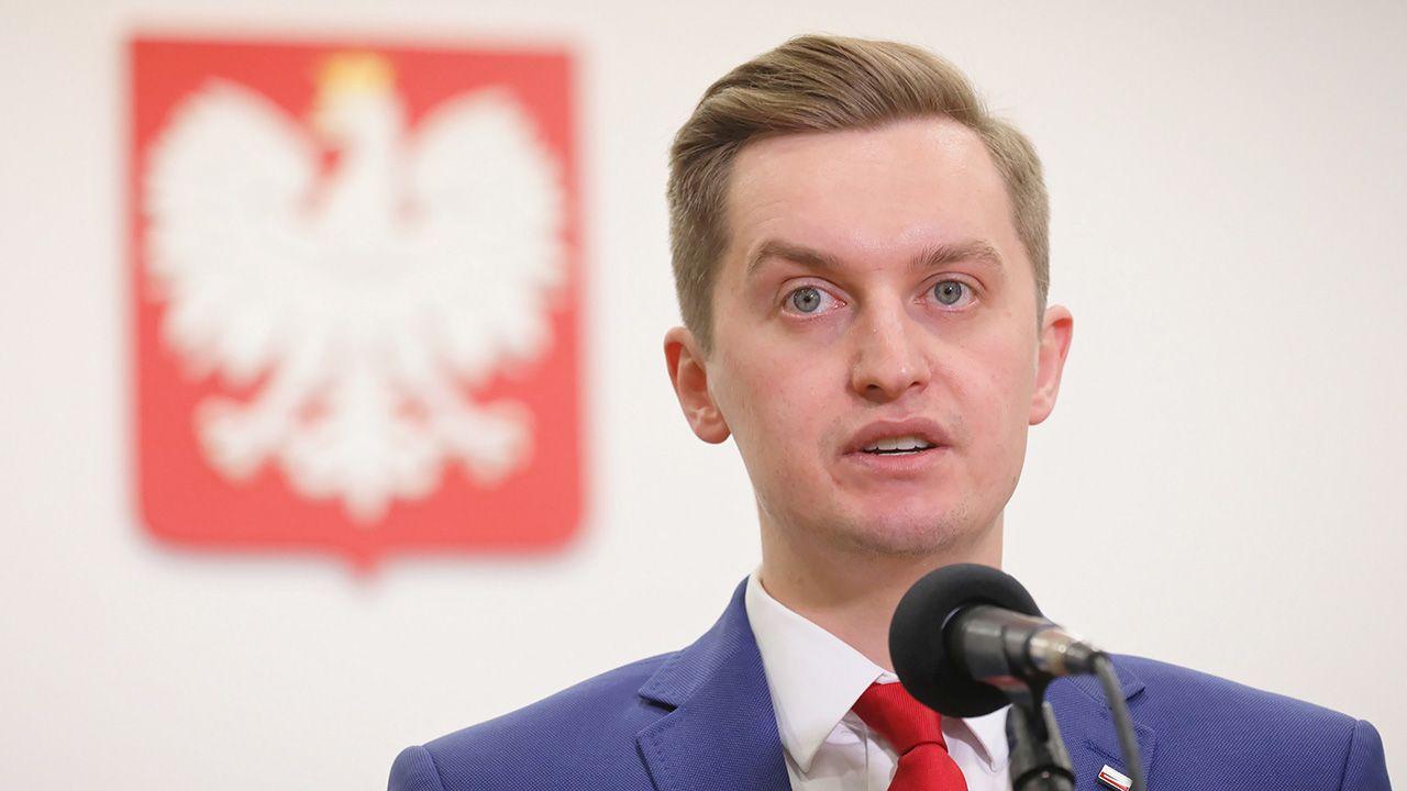 Sebastian Kaleta wiceministrem sprawiedliwości i szefem Komisji  Weryfikacyjnej - tvp.info