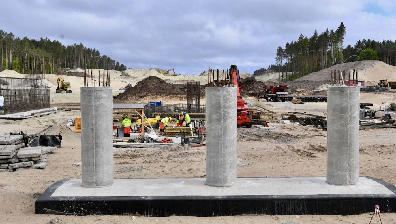 Budowa kanału na Mierzei Wiślanej ma zakończyć się w 2022 roku (fot. PAP/Adam Warżawa)