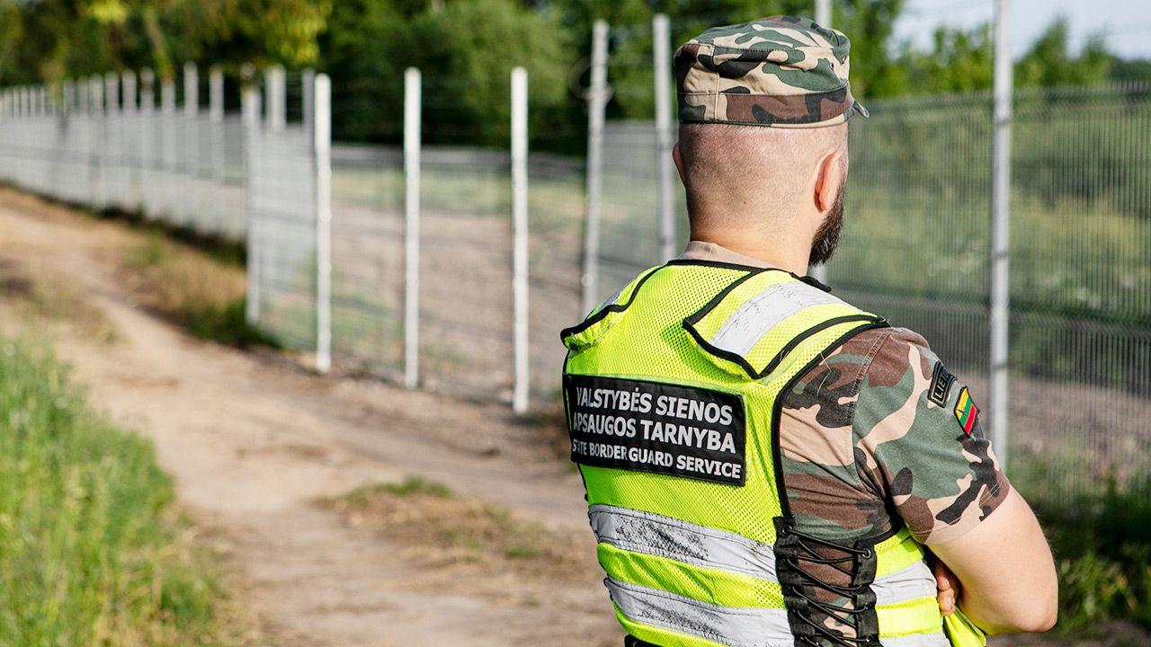 Według Litwy wzrost nielegalnej migracji z Białorusi to agresja hybrydowa (fot. Paulius Peleckis/Getty Images)