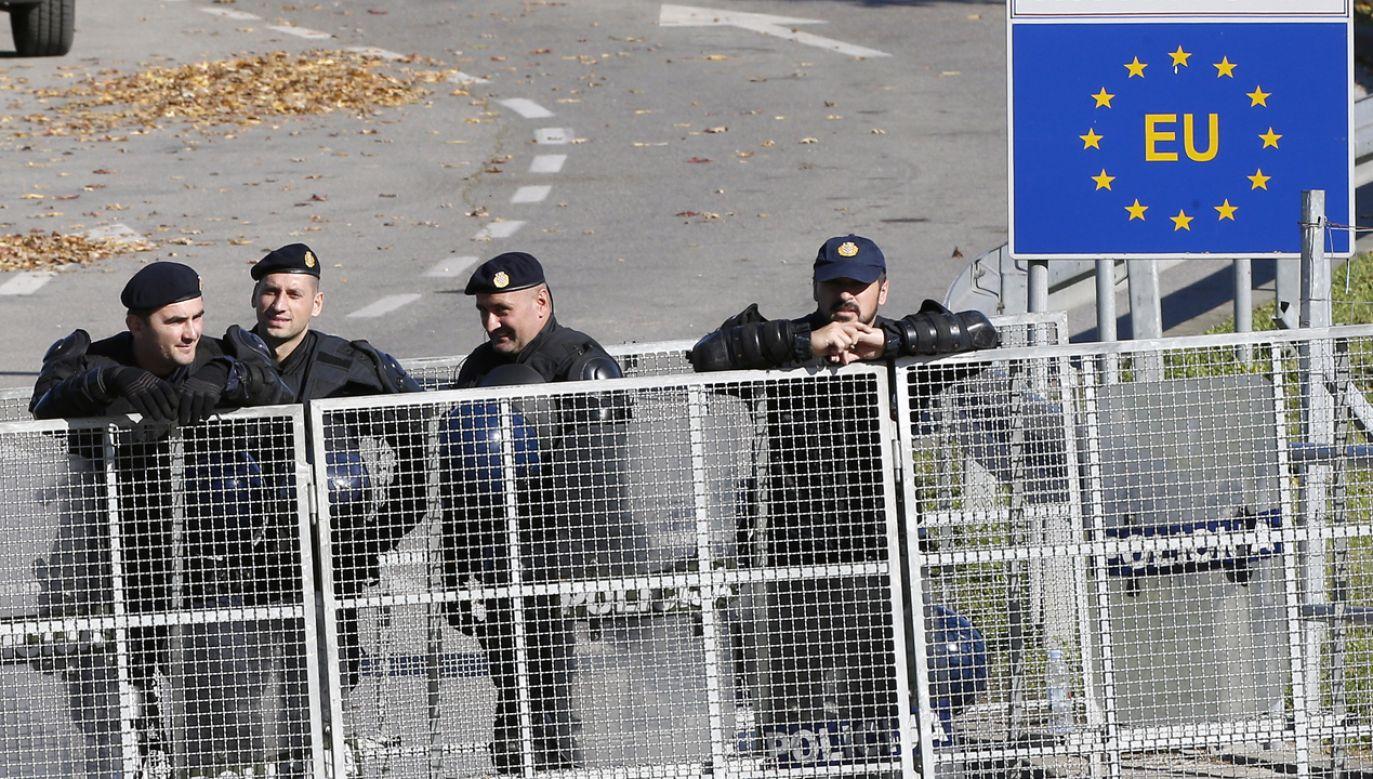 Władze mają podjąć śledztwo w tej sprawie (fot. PAP/EPA/Fehim Demir)