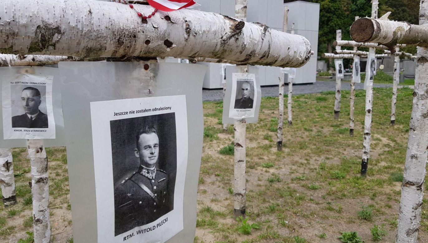Wymieniono tabliczki na ponad 80 krzyżach (fot. TT/IPN)