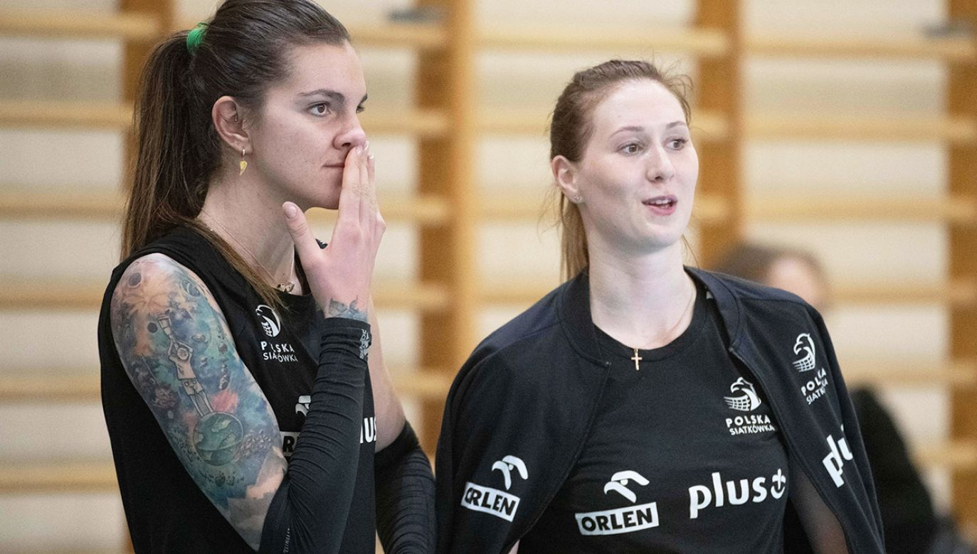 Liderka reprezentacji Polski Malwina Smarzek-Godek (z lewej) i Anna Stencel walczą w turnieju w Niderlandach (fot. PAP/Grzegorz Michałowski)