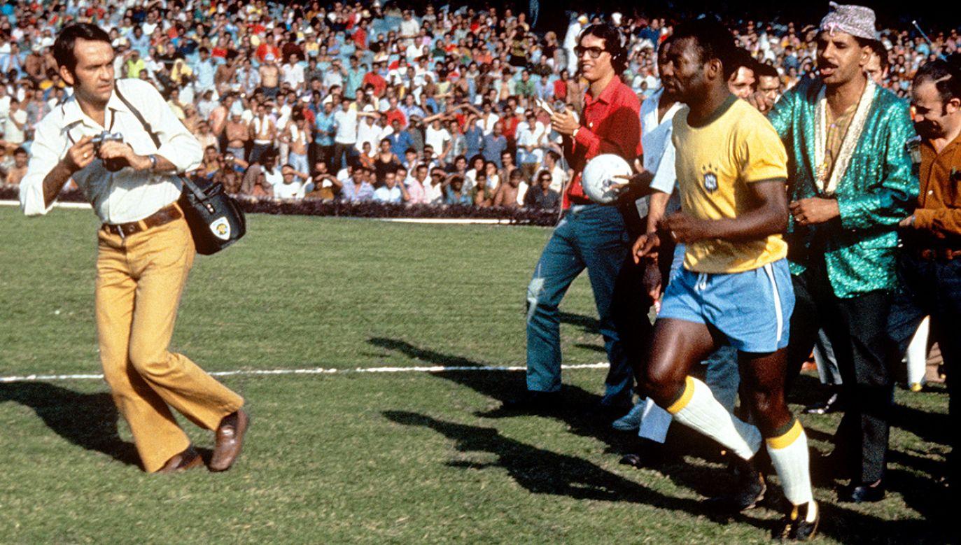 W tej koszulce Pele zagrał ostatni mecz w reprezentacji Brazylii. (fot. Peter Robinson/EMPICS via Getty Images)