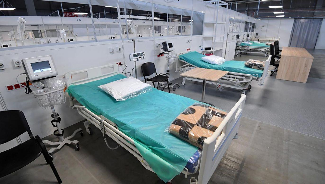 W placówce dostępnych będzie 150 miejsce dla pacjentów w tym 50 respiratorowych (fot. PAP/Piotr Polak)