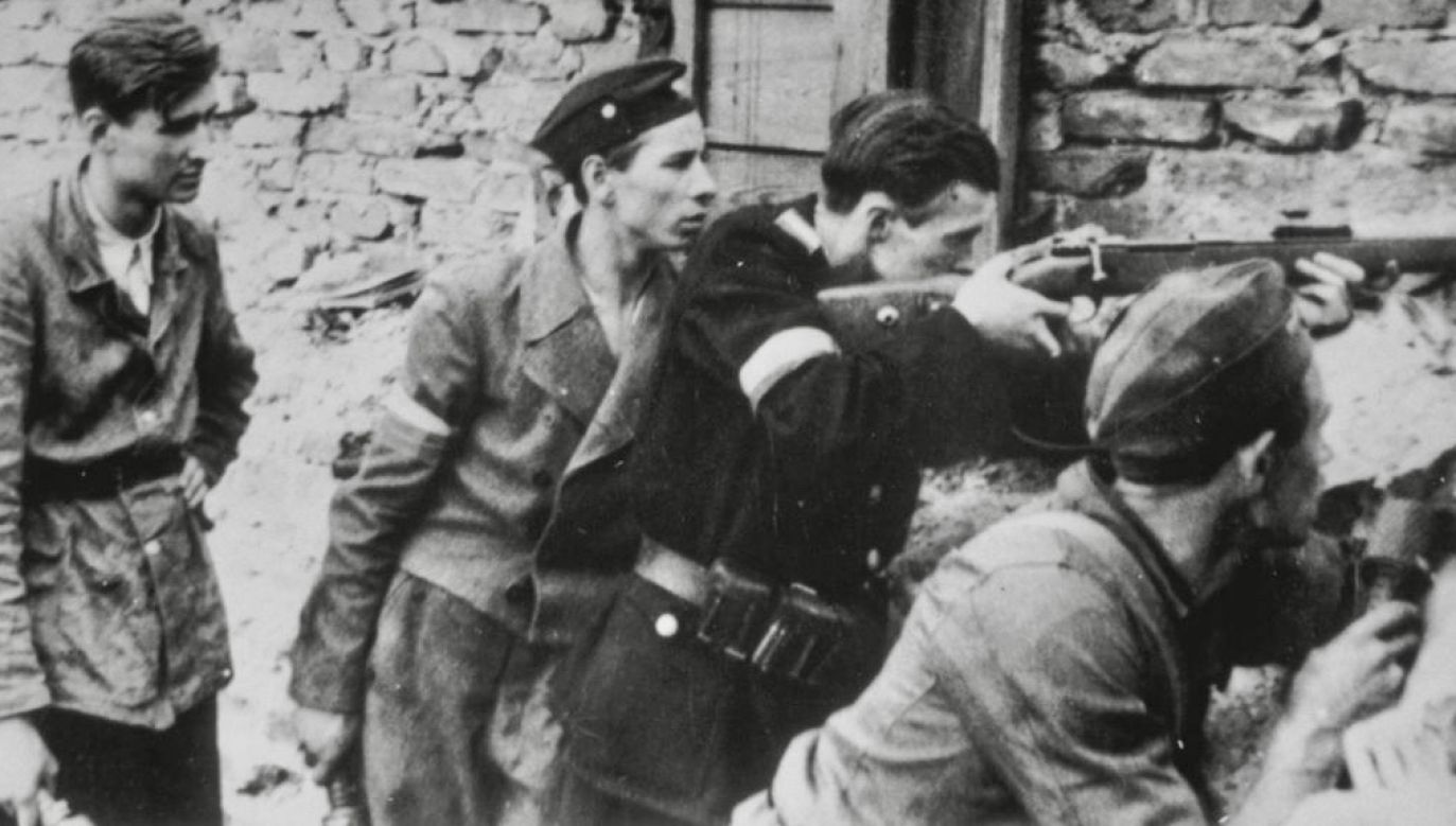 Żołnierze AK, walczący z Niemcami, skazywani przez władze PRL za rzekomą współpracę z okupantem (fot. Hulton Archive/Getty Images)