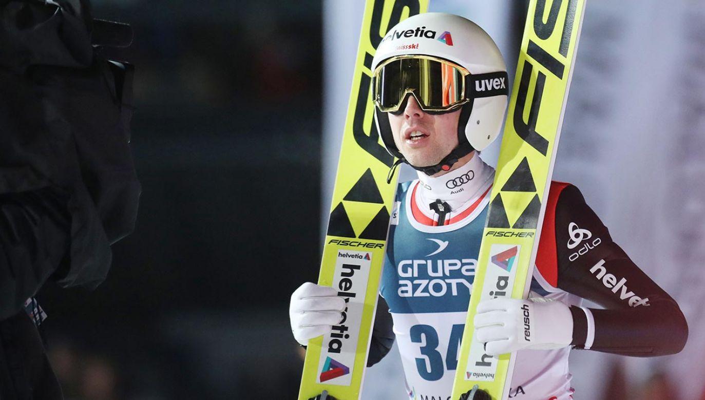 Simon Ammann ma w dorobku cztery złote medale olimpijskie (fot. Shutterstock/Marcin Kadziolka)