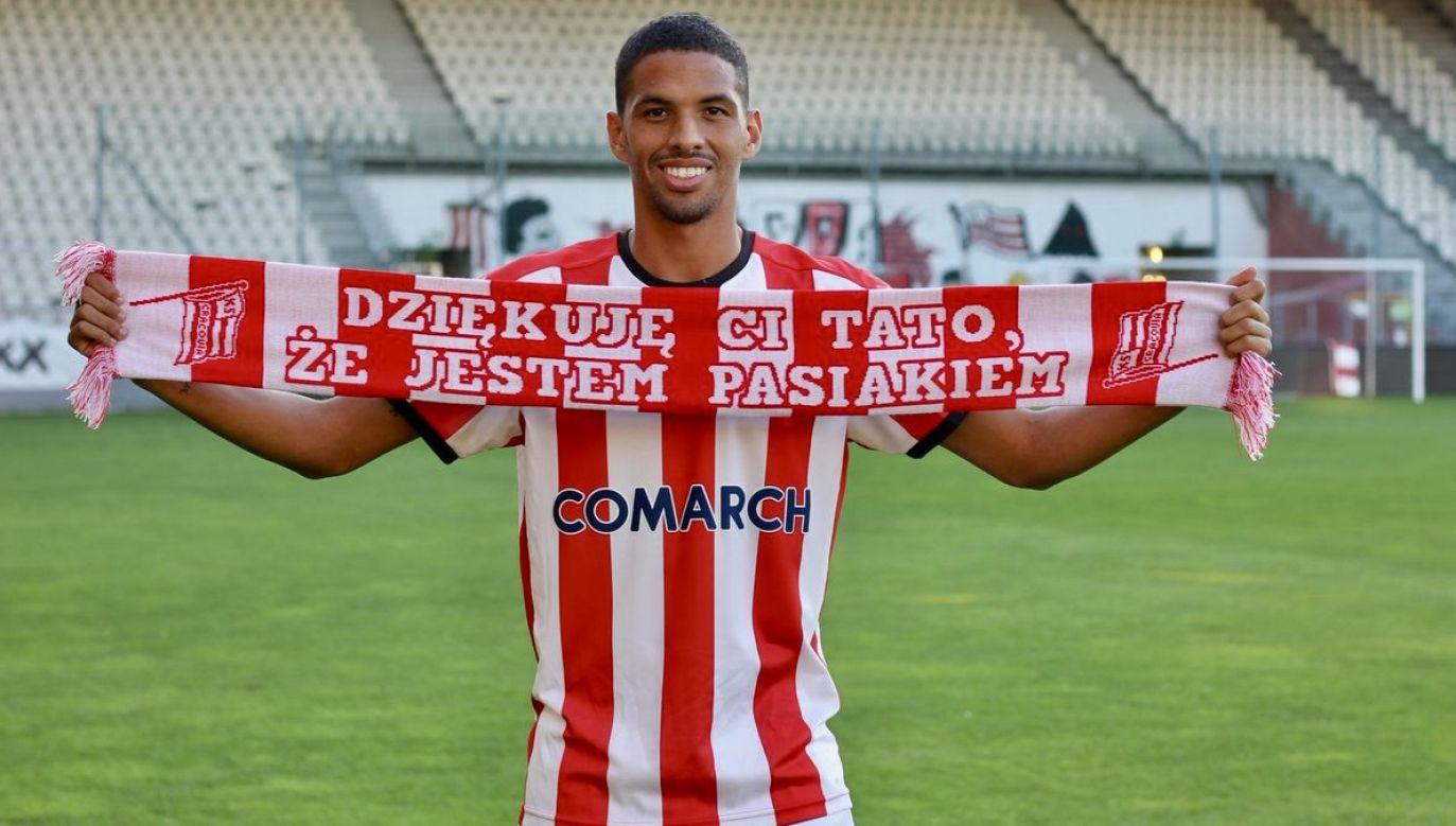 Rivaldinho podpisał trzyletni kontrakt z opcją przedłużenia o kolejny rok (fot. tt/@MKSCracoviaSSA)